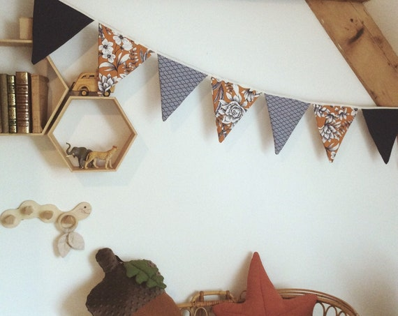 decoration child garland pennant vintage style