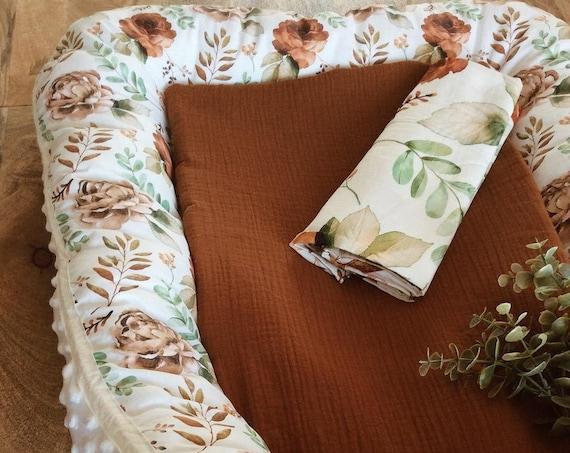vintage floral birth cocoon