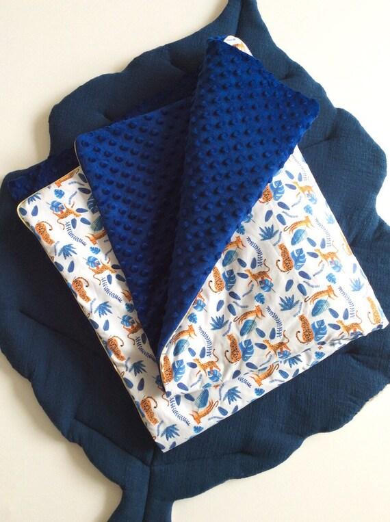 couverture minky bleu leopard