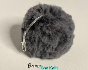 Merino Wool Pom Pom Grey