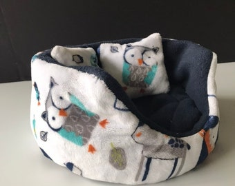 Guinea Pig Cuddle Cup with Waterproof bottom, Skinny Pig Bed, Small Pet Bed, Guinea Pig Fleece, Chinchilla Cage, Rat Bed