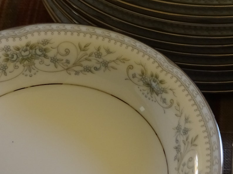 Colburn 6107 by Noritake set of 4 fruitsauce bowls Beautiful vintage blue rose china for wedding special event,holiday!