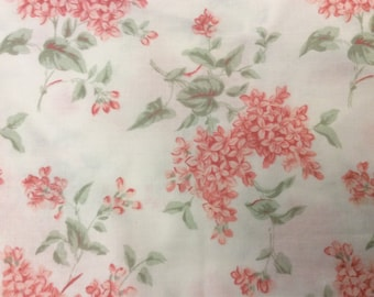 Vintage Sheet - Queen Flat Stevens Percale 50/50 Cotton/Poly Small Pink Flower Print with Green Leaves