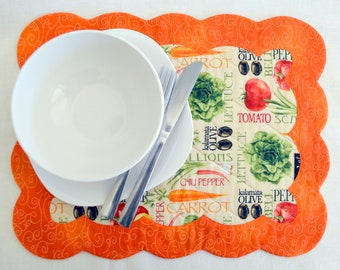 Scallop edge placemat pattern - PDF quilt pattern of reversible, scalloped edges table fabric placemats - cloth place mat sewing pattern
