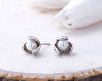 Pearl Flower Bud Studs, 925 Sterling Silver Bud Studs, Solid Silver Flower Bud Earrings, White Pearl Flower Bud Studs, Round Pearl Studs