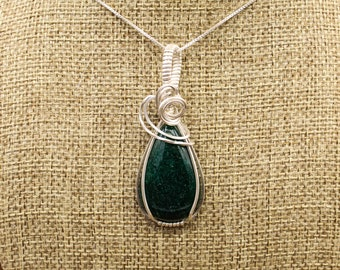 Sterling Silver wrapped Green Aventurine pendant
