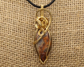 Brass & Crazy Lace Agate pendant