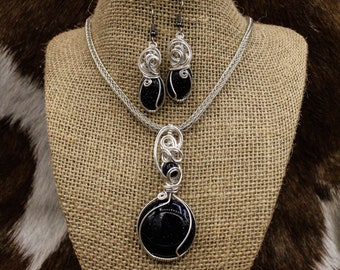 Mjúklynd Menreið - Sterling Silver and Blue Goldstone Viking Knit necklace, bracelet, and earrings set