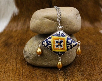 """Italian Renaissance inspired pottery """"stone"""" with gold glass pearls in Sterling Silver pendant (603)"""