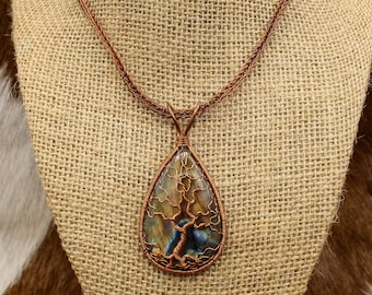 Regnboge - Copper and Labradorite Tree of Life pendant with Viking Knit