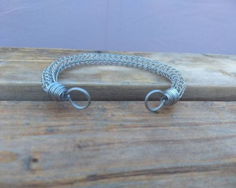 Stainless steel viking knit arm ring