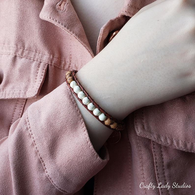 Wood /& dyed white howlite single wrap leather bracelet