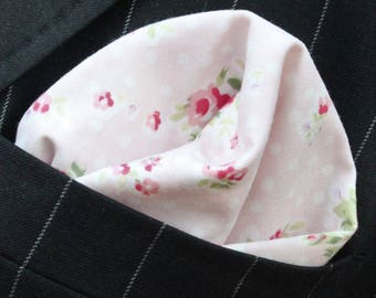 Hankie Pocket Square Handkerchief PINK RED Red Roses - Premium Cotton UK Made