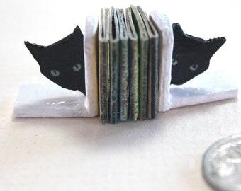 Black Cat Bookends With Six Childrens Books, Dollhouse Miniature, 1:12 Scale, Miniature Furniture, Miniature Bookend,Cat Decor, AU SHIPPING