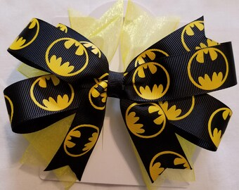 Large Batman bow. Yellow and black.