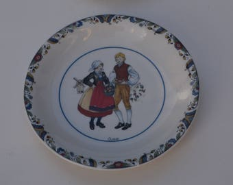 "Two ""Swedish National costumes"" (Svenska Landskapsdräkter) plates from the landscapes Oland and Narke made by Rorstrand"
