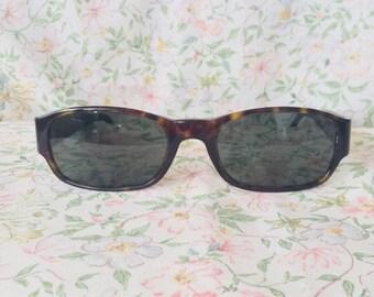 1e042b13034 Vintage Giorgio Armani unisex sunglasses 2502-063