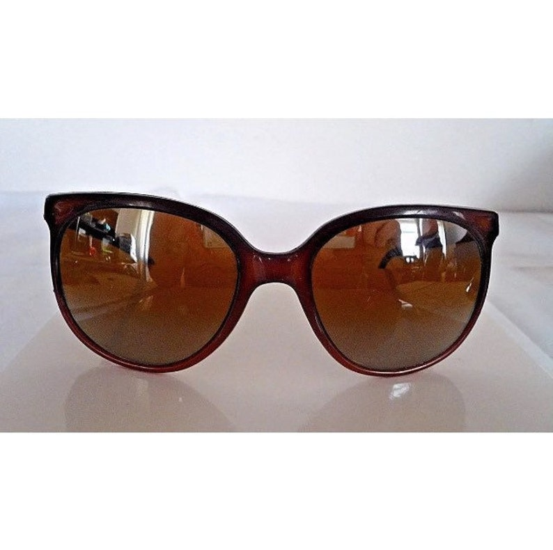 69f14347e647 Bucci vintage sunglasses brown plastic frame with yellow lens