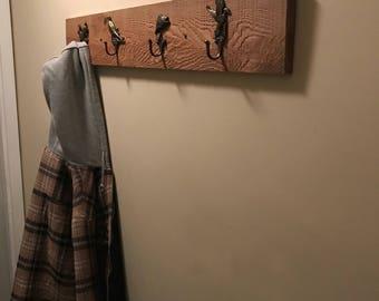 Rustic Barn Board Coat Hanger (Wildlife Coat Hooks)
