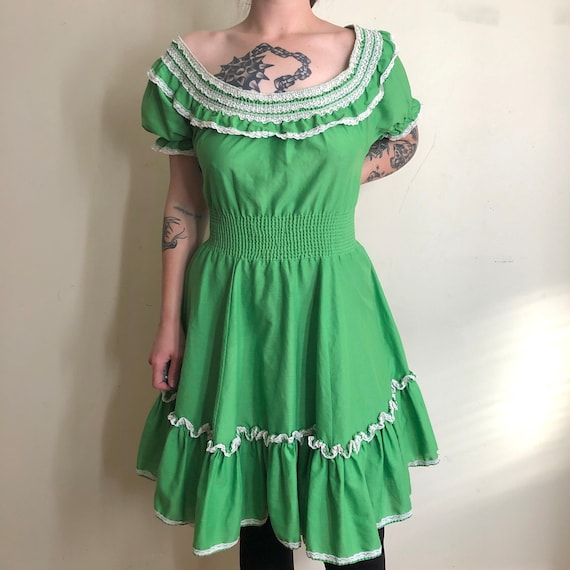 70s Vintage Green & White Square Dancing Prairie P