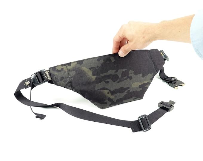 "MOONROCK Minimalistic Waistpack   Slingbag   Fannypack // Multicam® Black Cordura® 500d // with AustriAlpin 1"" Cobra® buckle"