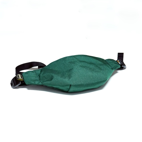 "MOONROCK Minimalistic Waistpack   Slingbag   Fannypack // Cordura® 500d // with AustriAlpin 1"" Cobra® buckle"