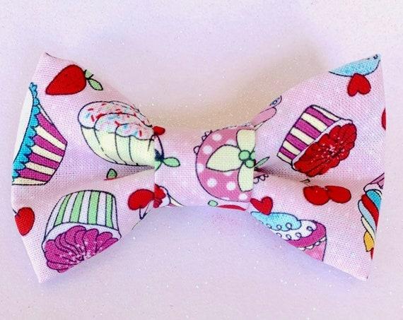 Sweet Cupcakes Pet Bow Tie