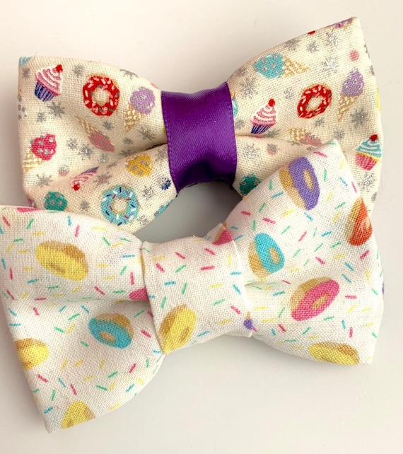 Vanilla Donuts Pet Bow Tie