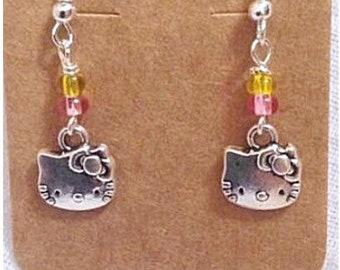 91dd2ea2c Hello Kitty Earrings (Aretes de Hello Kitty)