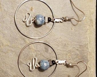 Ceramic bead & twisted wire hoop earrings