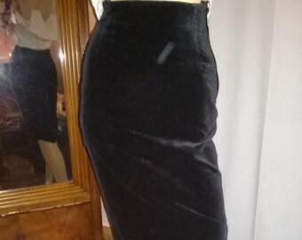 Velvet Skirt Black-gr. 34-Mint