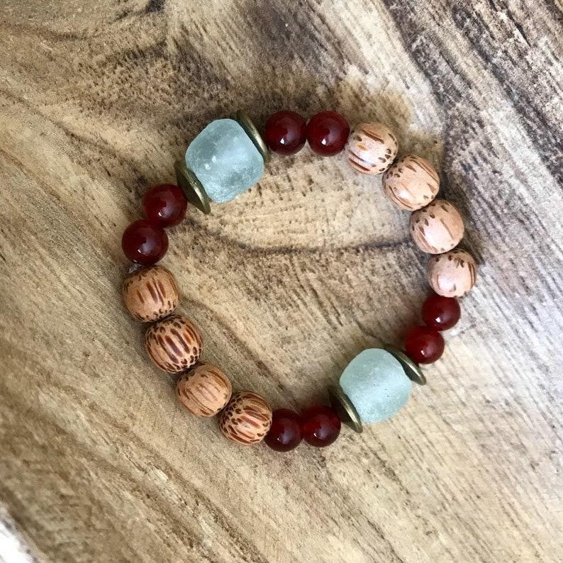 Boho Statement bracelet Elastic Gemstones bracelet Birthstone jewelry Beaded Stacking Bracelet Chunky bracelet Carnelian bracelet