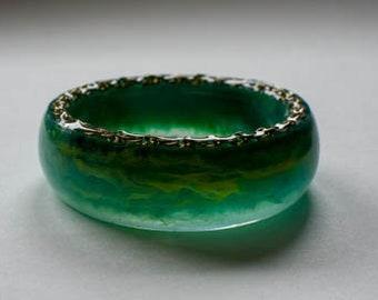 Chunky green and yellow swirly bangle