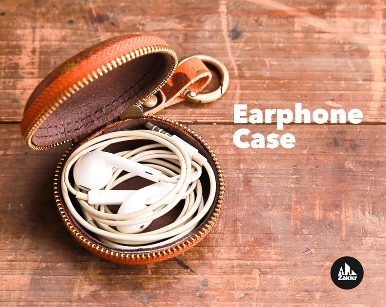 Leather earbud holder Leather coin purse Earphone organizer image 0