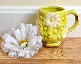 Vintage Fred Roberts Flower Power Yellow Daisy Mug