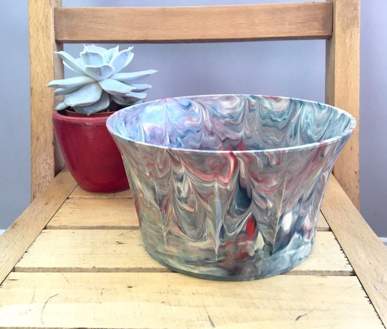 Plastic Plant Pot Vintage Home Early Plastic Vintage Pot c1950/'s /'Bakelite/' Type Plastic Swirly Plastic Planter Vintage Gift