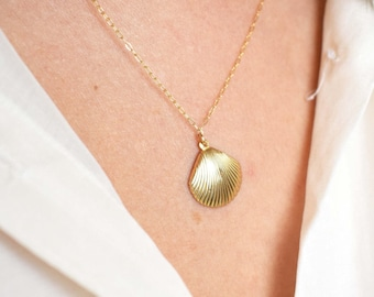 Gold Shell Necklace | free shipping, necklace gold pendant, gold mermaid necklace, gold sea shell necklace, gold seashell necklace, necklace
