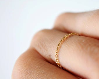 Gold Chain Ring | free shipping, minimalist ring gold, gold filled chain ring, delicate ring gold, stacking rings, yellow gold filled ring
