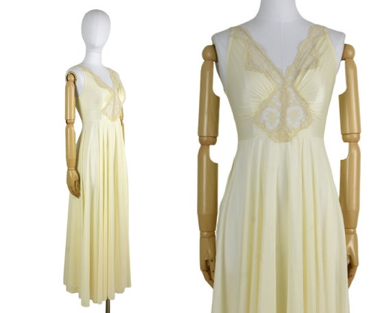 vintage ivory lingerie | vintage long nightgown |