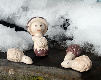 Santons ceramic - Nativity Shepherd and three sheep.
