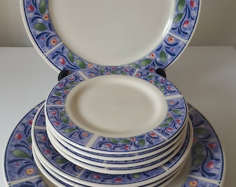 11 Pc Sakura Majesticware Bouquet Dinnerware by Sue Zipkin 1997