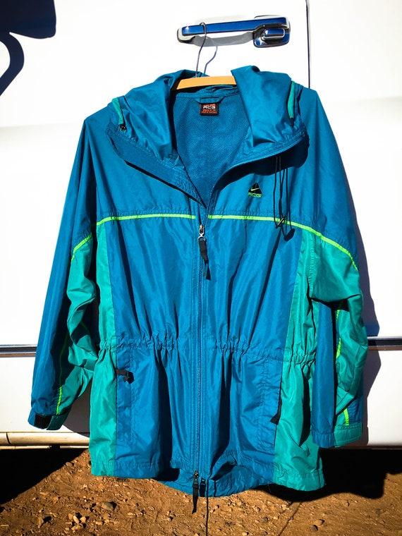 94ebc6f9697 Women s Vintage Nike Jacket Hooded Nike Windbreaker 90s
