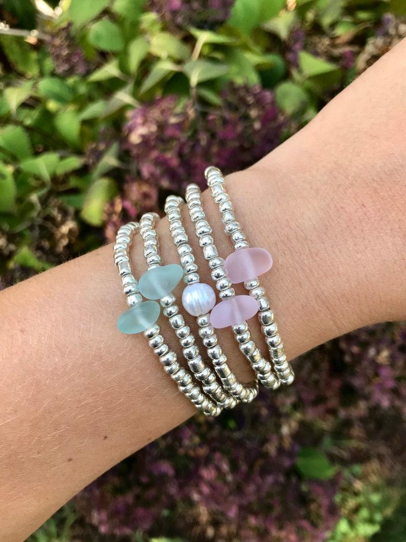 Ocean Seed Bead Silver Mercury Glass Bracelet  Single Bead  image 0