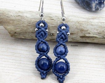Micro-macramé blue sodalite earrings
