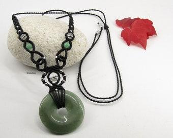 Micro-macramé aventurine donuts necklace