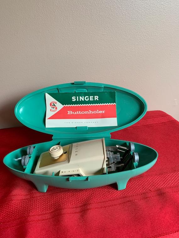 Singer Plastic Aqua 1960s Atomic Clamshell Buttonholer