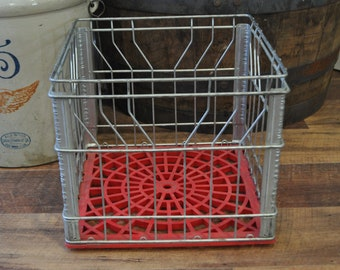 Vintage Hawthorn Melody Wire Milk Crate 12-71