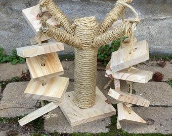 Tree Rabbit Toy (Natural)