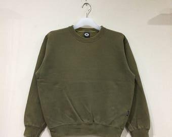 4664b43f262e CONVERSE sweatshirt plain colour.. army green.. vintage sweatshirt... size S