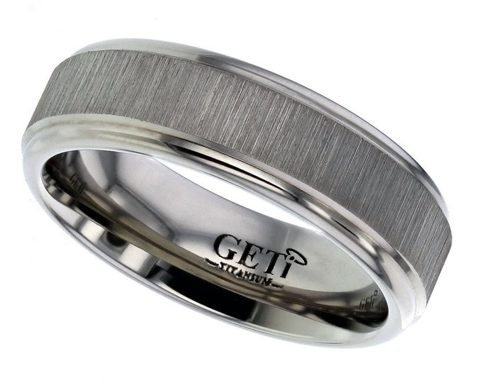 Titanium 7mm Flat Court Wedding Ring Engine Turned Matt Centre Stripes - SIZE T